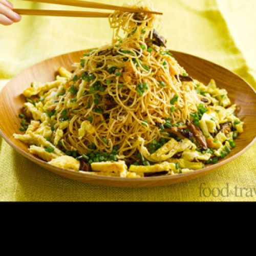 Fried Egg Noodles with Dried Shrimps