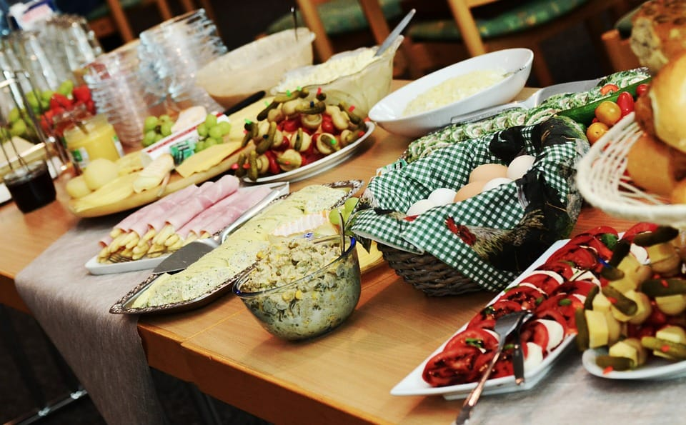 Christmas Party Food 10 Ideas To Make Your Buffet A Success Giant Singapore